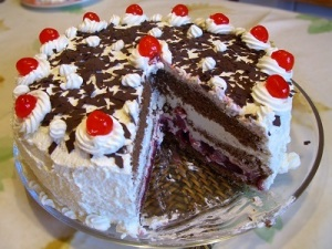 Black_Forest_gateau 400x300